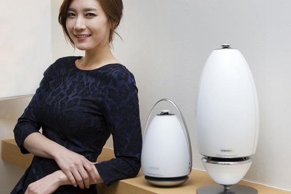 [2015 CES] Samsung 超美型無線喇叭!360 度聽音樂無死角