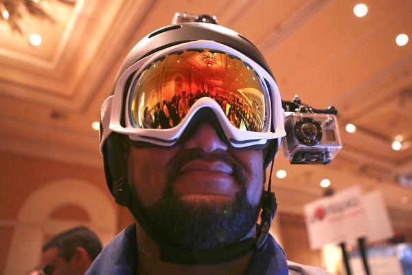 Apple 將進軍穿戴式攝影?GoPro 聞訊嚇破膽!