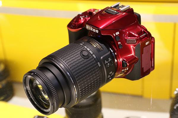 [2015 CES] 反光鏡單眼反擊?Nikon D5500 新觸控單眼 CES 現場簡單測