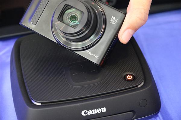 [2015 CP+] 珍貴相片一碰就存!Canon CS100 網路相片儲存器東京體驗