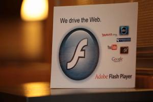 Facebook 公開呼籲:Adobe 請賜死 Flash 吧!