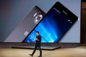 Lumia 950 XL 展示機緊急回收! 又是 Snadragon 810 惹的禍?