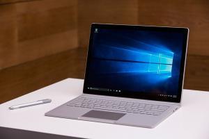 Surface Book 效能超強!遊戲性能快 MacBook 三倍!