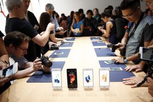 iPhone 6s 銷量創紀錄! 蘋果獲利大增 31%