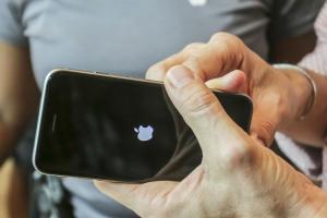 不用等太久 iPhone 7 可望提早發表?
