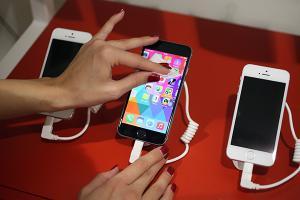 你的 iPhone 也噴電嗎?必學 16 招讓手機電池用更久!