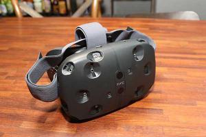 HTC 新希望?Vive 虛擬眼鏡將在明年 4 月上市