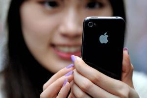 這位爸爸沒收女兒 iPhone,換來的卻是牢獄之災?