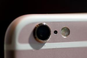不只 iPhone 7 有雙鏡頭?Sony 暗示:2017 年更多手機會採用!