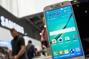 [2016 MWC] 介面超簡潔!Galaxy S7 實機動手玩影片先流出!