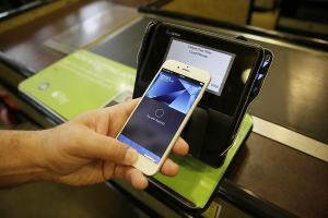 輕按指紋就敗家? 傳未來網站購物 也能用 Apple Pay 支付!
