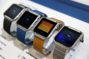 穿戴裝置新霸主?這款智慧表狂賣 銷量打趴 Apple Watch!