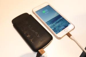 Apple 這個新科技太誇張!Macbook 筆電變身無線充電板!