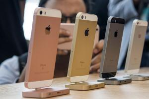 iPhone SE 瘋狂求賣?舊換新方案連 iPad、Macbook 也能折抵!
