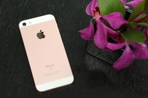 4 吋魔力回歸!Apple iPhone SE 開箱實測