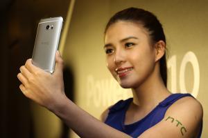 打造全新質感!HTC 10 外型操控介面實測
