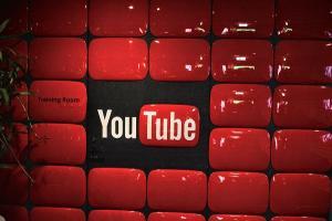 想窺視主播房間?YouTube 新直播功能 允許隨意改視角!