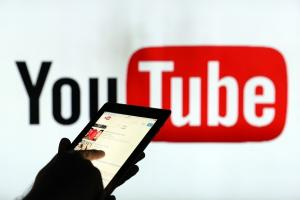 想逼死第四台?YouTube 也要推電視節目直播了!