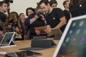 保護套變身 3D 鍵盤?iPad Pro 原來還能這樣用!