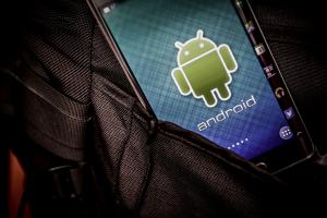 都是因為這款 Android 手機太爛!美軍將全面指定使用 iPhone!