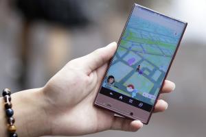 Pokémon GO 是吃電怪獸?6 款旗艦手機實測 PK!