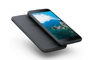 這款 Android 新機不簡單?黑莓:比 iPhone 還安全!