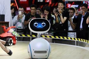 最高 CP 值機器人將登台?Asus 表示 Zenbo 年底前開賣!