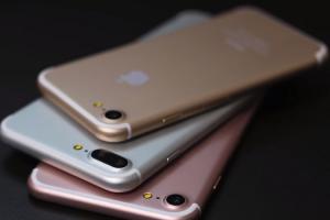 Apple 這次超大方? iPhone 7 傳直接附「AirPods」無線耳機