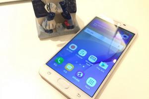 最夯中階機真的好用?Galaxy J7 Prime 開箱實測!