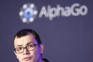AlphaGo 正進行《星海爭霸II》特訓!明年復出爭圍棋冠軍?