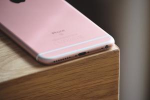 查看免費維修資格,iPhone 6s 先確認有這個編號!