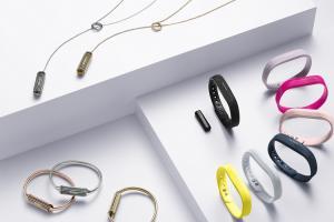 終於等到!Fitbit 首款超薄防水手環 Flex 2 正式開賣!