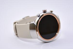 時尚感大增外還有更多?Asus ZenWatch 3 的五項重點評測!