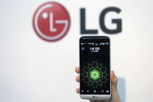 搶在 Galaxy S8 之前發表?LG G6 設計圖曝光!