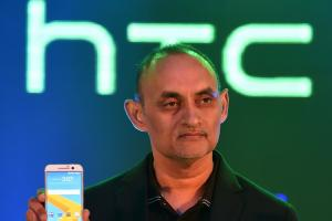 HTC 去年 12 月營收再衰退,2016 全年營收未達千億元!