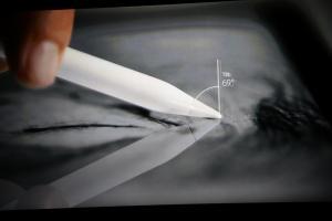 Apple Pencil 2 有新意?可望加入 Surface Pen 特色!