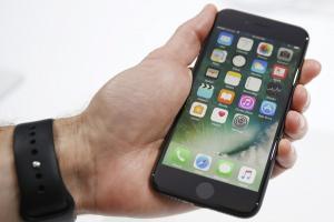 買二手 iPhone 麻煩了?Apple 突然關閉驗證管道!