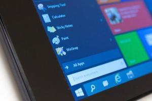 輕盈操作體驗,Windows 10 Cloud 系統畫面曝光!