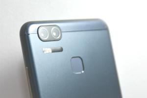 注定不如旗艦機?來看 Zenfone 3 Zoom 的 4 個「缺陷分析」!