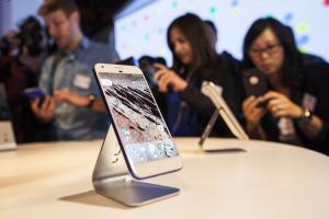 HTC 有麻煩?傳出 LG 可望拿下新 Google Pixel 訂單!