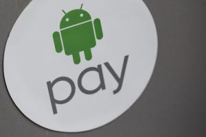 Android Pay 終於來啦!3 大行動支付 PK 誰最好用?