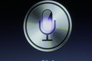 Siri 跟 Siri 可互相對話?蘋果人工智慧技術傳有重大突破