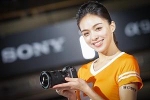 存在感超強烈!Sony 發表全片幅微單眼相機 A9  極速連拍神機