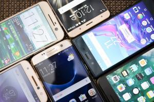 旗艦手機「效能王」是誰?安兔兔跑分 7月排行榜公布,第一名是它!