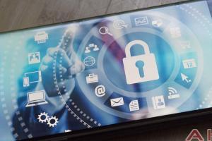 Android 裝置恐遭惡意間諜「偷」個資!Google下架 500 個App