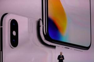 史上最貴的「 iPhone X 」為什麼是唸「iPhone Ten」?