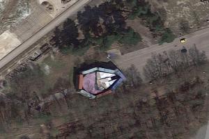 Google Maps 找到星際大戰「千歲鷹號」!秘密基地意外曝光