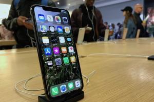 上市三週狂賣 800萬支!iPhone X 出貨時程加快縮短 1 至 2週