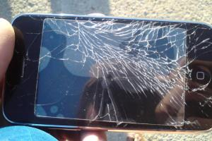 摔手機救星?日本發明「破鏡重圓」的玻璃修復科技