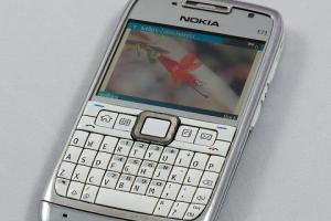 全鍵盤商務神機也要復活了?Nokia 神秘新機獲 FCC 認證